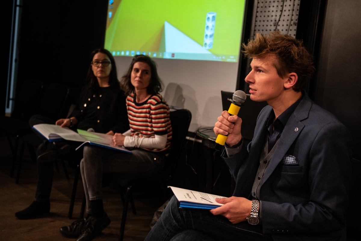 From the left: Iwona Kempa, Iga Gańczarczyk and Michał Telega during the 'Change - now!' conference, Teatr Ochoty, Warsaw, 8 October 2019, photo: Marta Ankiersztejn